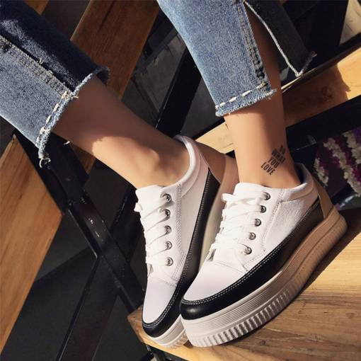 Platform Lace-Up Color Block Round Toe White Platform Sneakers