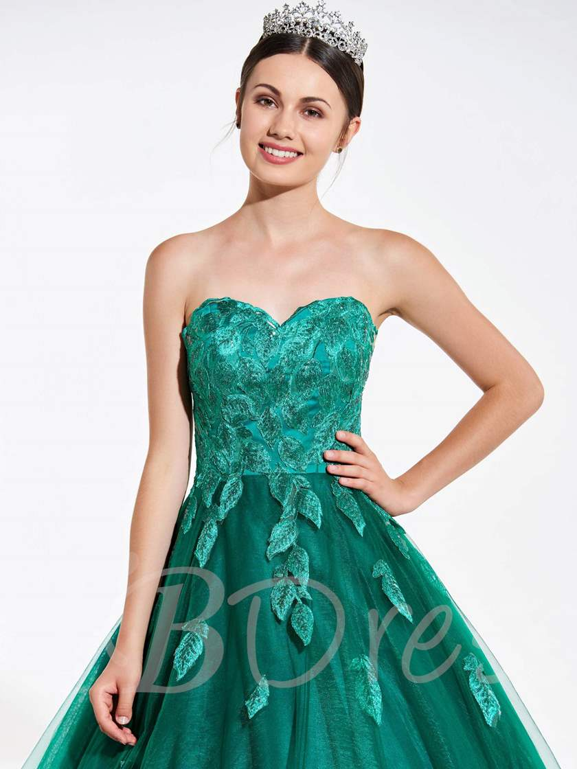 Sweetheart Lace Quinceanera Dress