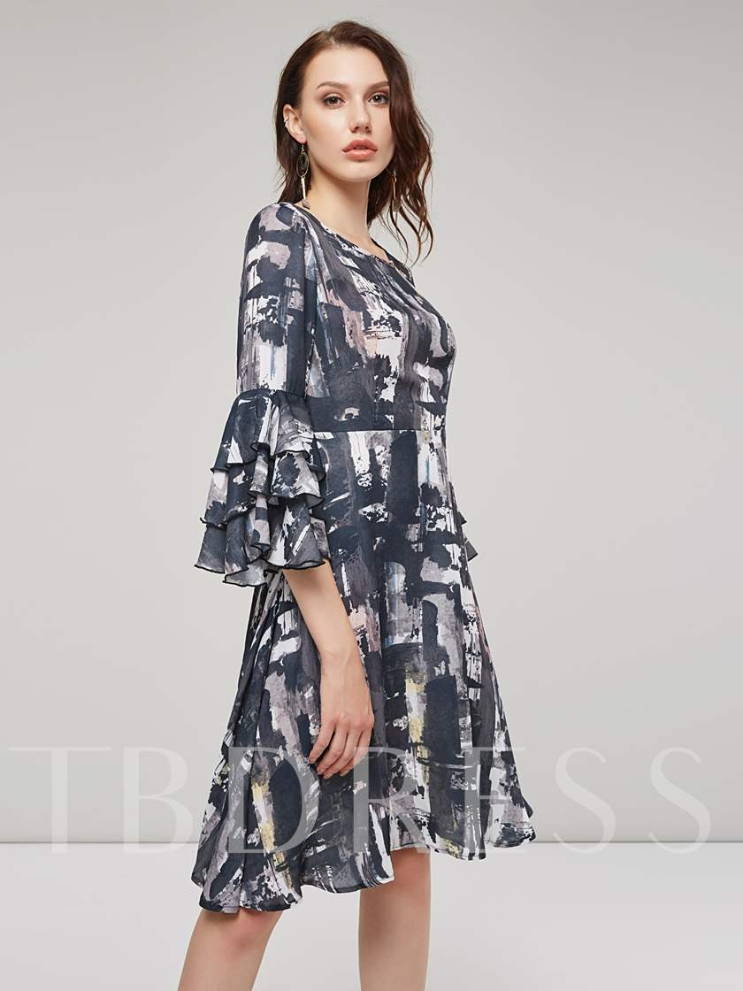 Black Tiered Sleeve Women's Day Dress