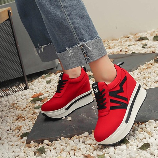 Lace-Up Round Toe Platform Elevated Women's Sneaker