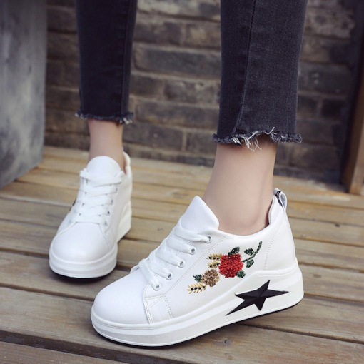 Round Toe Lace-Up Floral Embroidered Platform Women's White Sneakers