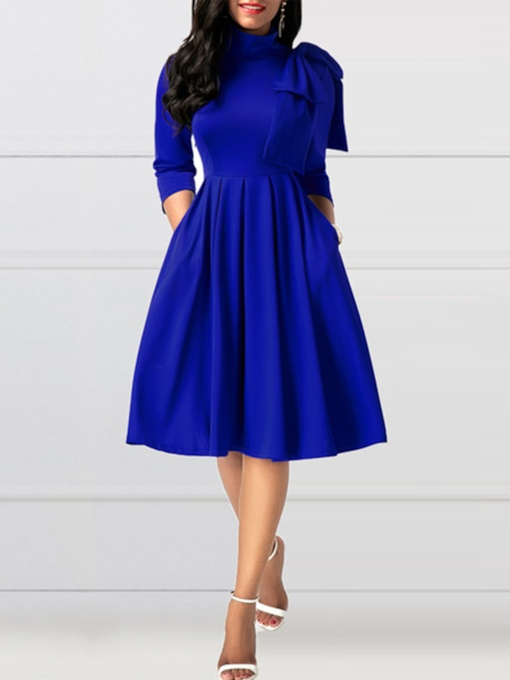 Pocket Turtleneck Bowknot Women's Day Dress