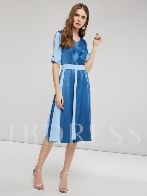 V-Neck Half Sleeves Women's Day Dress