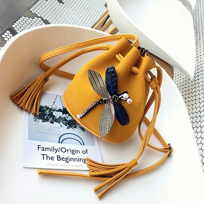 Cute Dragonfly Soft Barrel-Shaped Bag