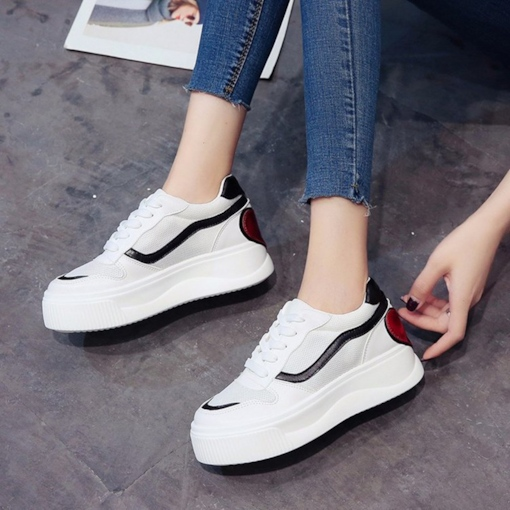 Heart Shape Patchwork Lace Up Women's Sneaker