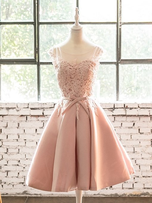 A-Line Scoop Appliques Bowknot Sashes Homecoming Dress