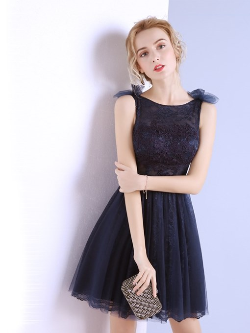 A-Line Lace Sashes Bateau Homecoming Dress