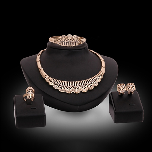 Court Style Vintage Diamante Jewelry Sets
