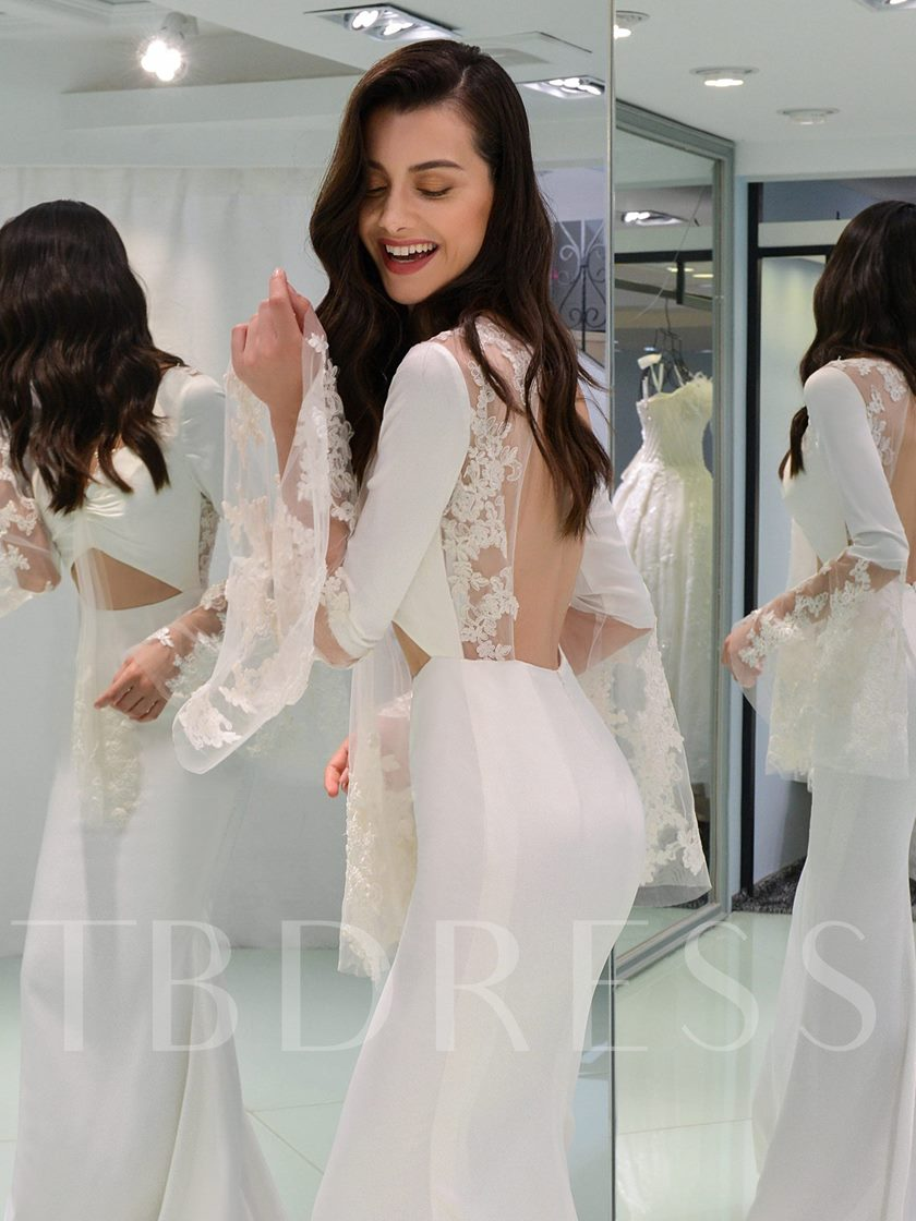 Long Sleeve Appliques Backless Wedding Dress