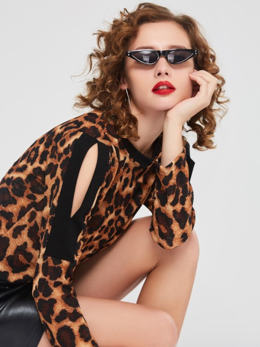 Slim Scoop Neck Hollow Leopard Women's T-shirt