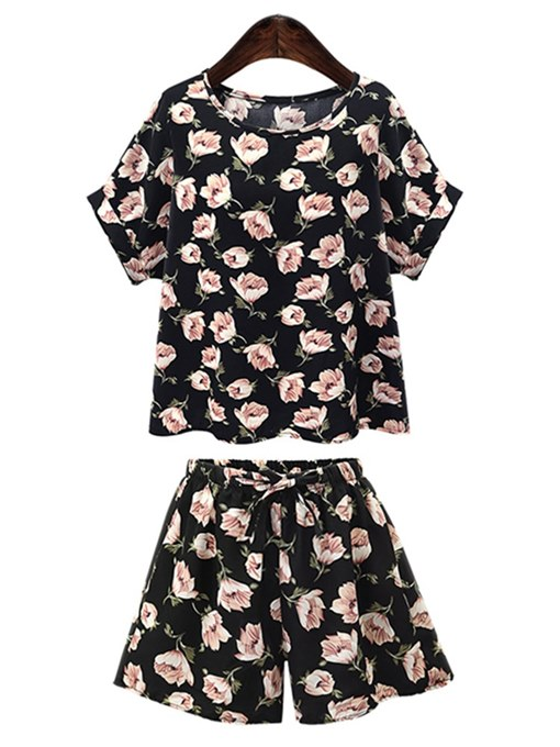 Flower Print Tee & Shorts Women's Two Piece Set