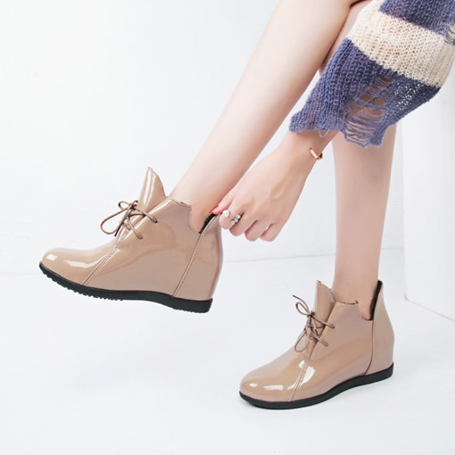 Lace-Up Front Round Toe Cross Strap Elevated Women's Ankle Boots