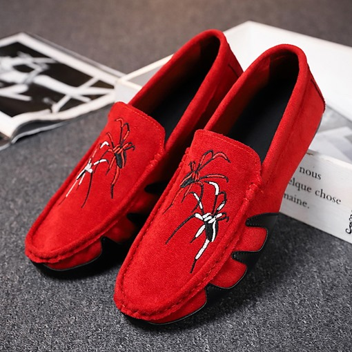 Suede Round Toe Slip-On Spider Embroidered Casual Men's Loafers