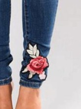 Hole Floral Pencil Pants Mid-Waist Women's Jeans