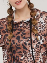Leopard Pullover Women's Cropped Hoodie