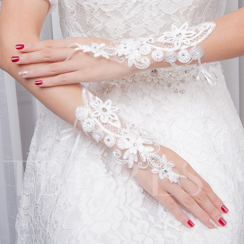 Wrist Lace Beading Short Wedding Gloves 2019