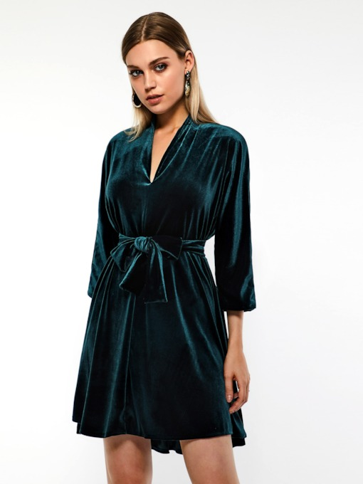 V-Neck Three-Quarter Sleeve Women's Day Dress