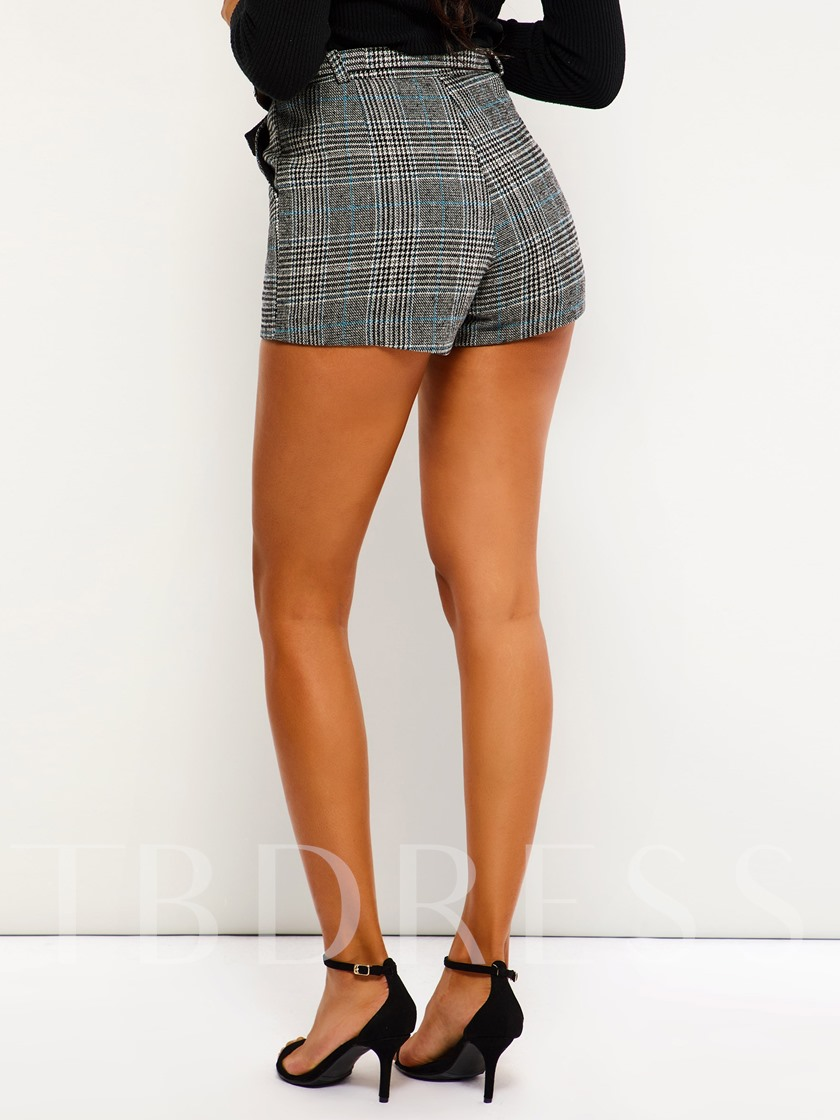 Loose Plaid Print Straight Women's Shorts