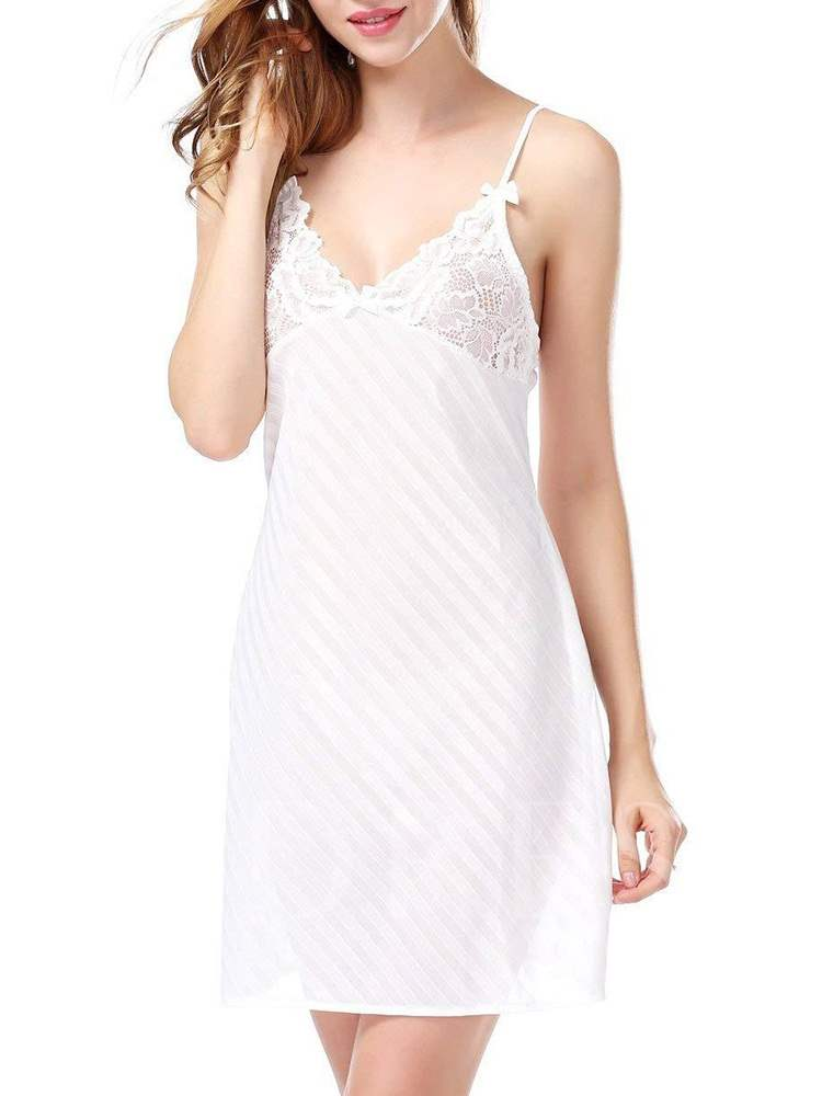 Plain Backless Lace Sleeveless Nightgown