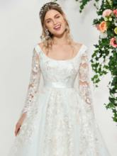 Long Sleeves Square Appliques Wedding Dress 2019