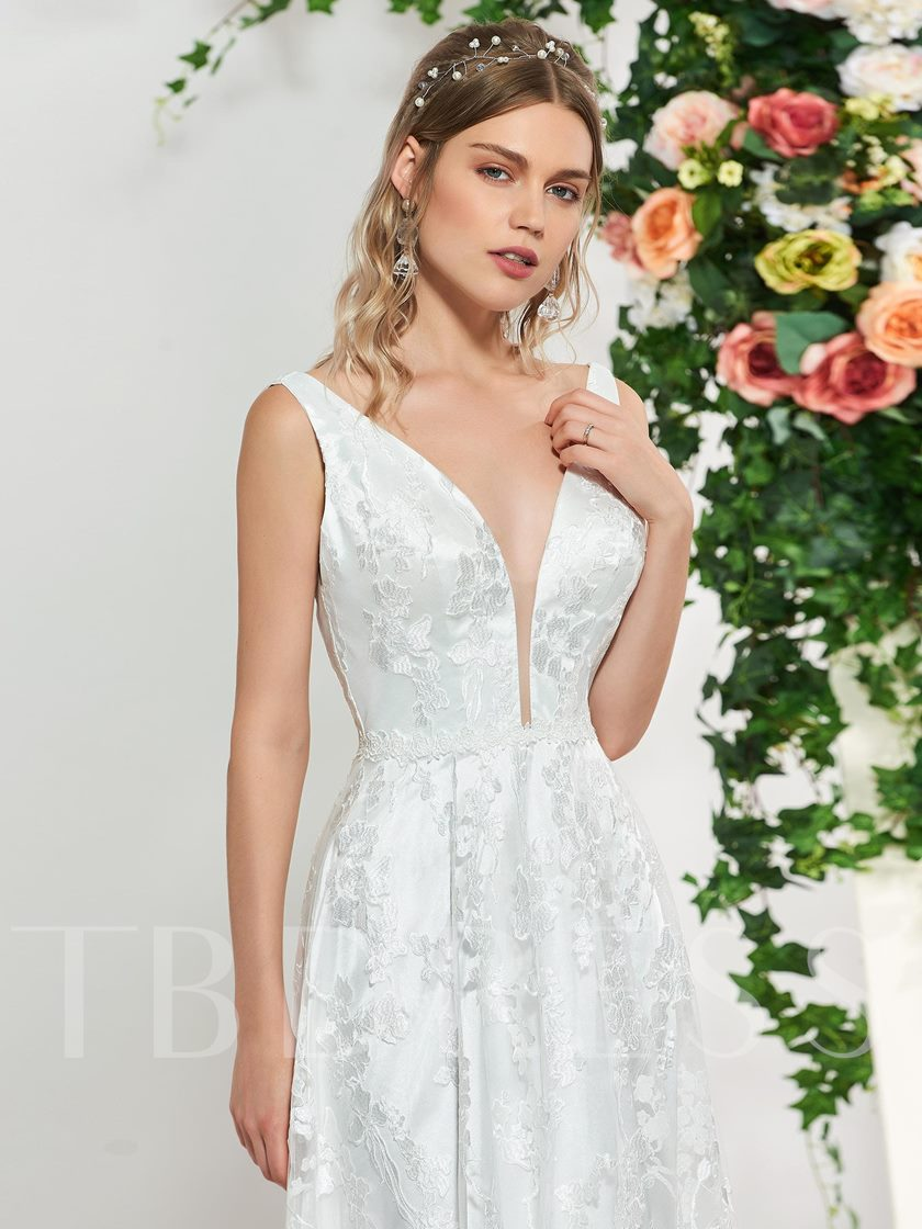 V-Neck Sleeveless Lace Wedding Dress 2019