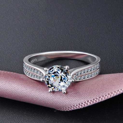 Shiny Zircon Design 925 Sterling Silver Wedding Ring