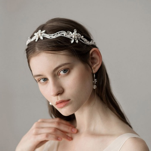 Natural Pearl Wave Shape Hair Accessories for Bride