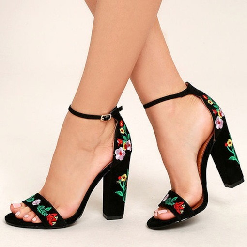 Chunky Heel Heel Covering Embroidered Open Toe Women's Sandals