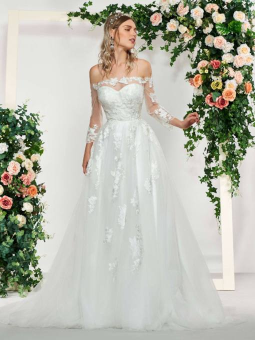 Sweetheart Appliques Wedding Dress with Jacket