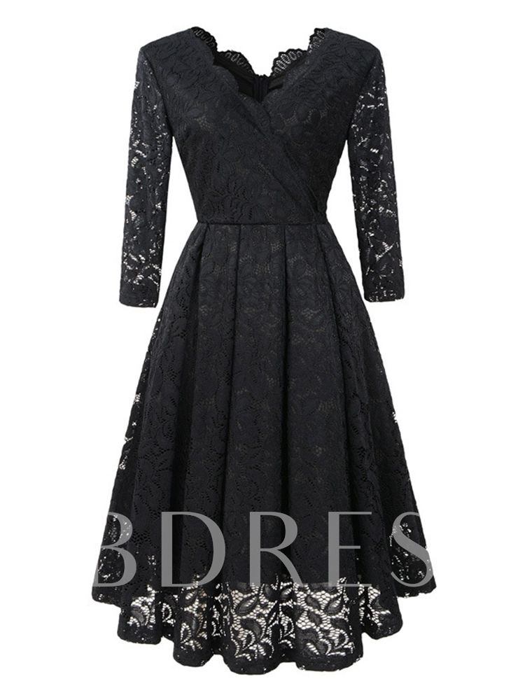 Long Sleeve V-Neck Hollow Women's Lace Dress