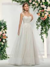 Straps Lace Appliques Country Wedding Dress 2019