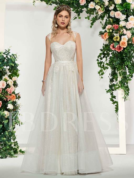 Sweetheart Straps Appliques Lace-Up Wedding Dress