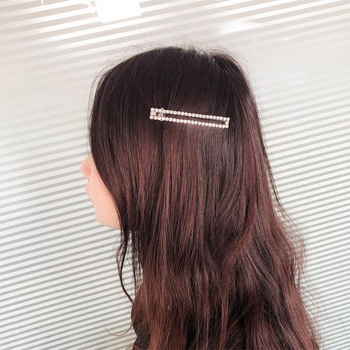 Shiny Rhinestone Gemmed Hair Pin