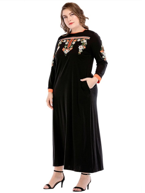 Plus Size Floral Round Neck Embroidery Women's Maxi Dress