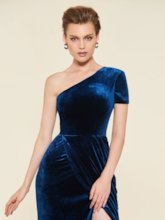 Sheath One Shoulder Velvet Evening Dress