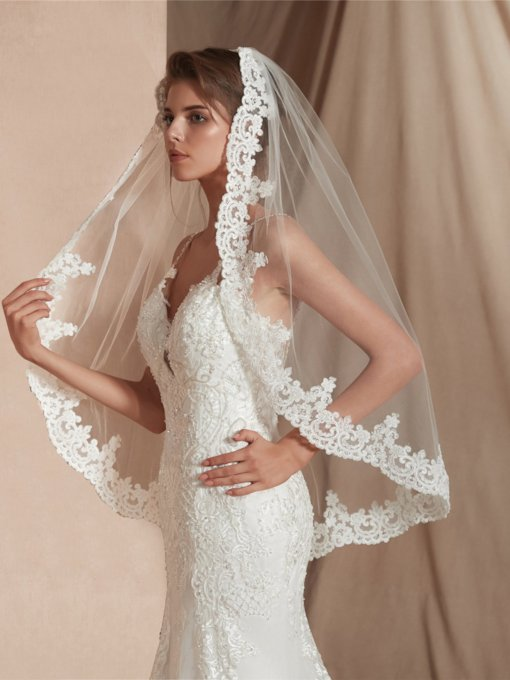 Appliques Elbow One-Layer Wedding Veil