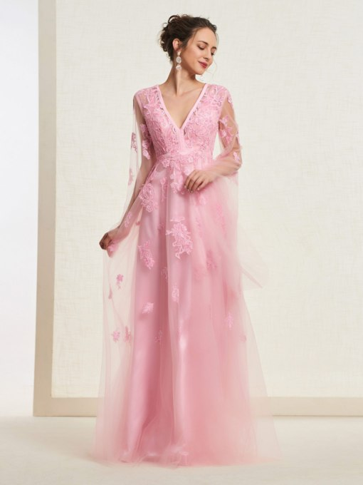 Long Sleeves V-Neck Appliques Prom Dress
