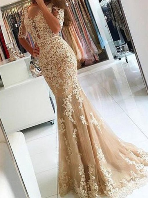 Appliques Trumpet Bateau Half Sleeves Evening Dress