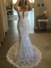 Sheer Back Button Mermaid Lace Wedding Dress 2019