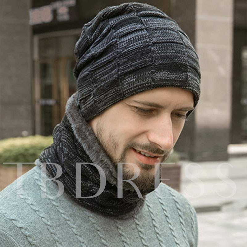 Letter Decorated Plaid Knitted Men's Beanie with Collar
