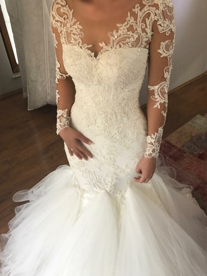Button Back Appliques Mermaid Wedding Dress 2019 Button Back Appliques Mermaid Wedding Dress 2019