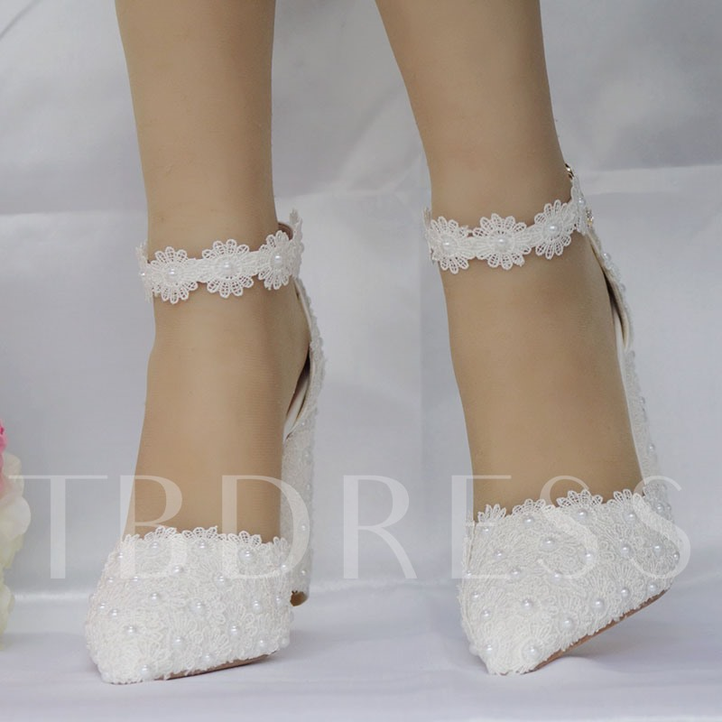 Pointed Toe Buckle Lace Chunky Heel Wedding Shoes
