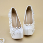 Stiletto Heel Round Toe Slip-On Rhinestone Customized Wedding Shoes
