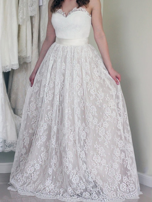 Sweetheart Button Lace Country Wedding Dress