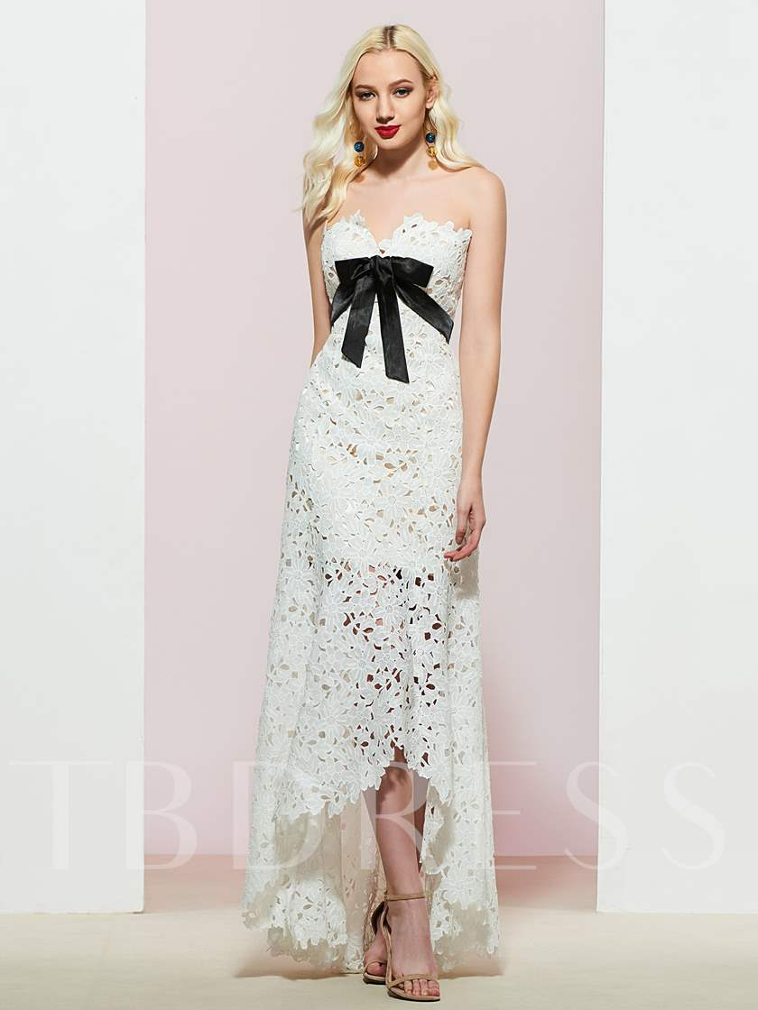 A-Line Lace Sweetheart Sleeveless Evening Dress