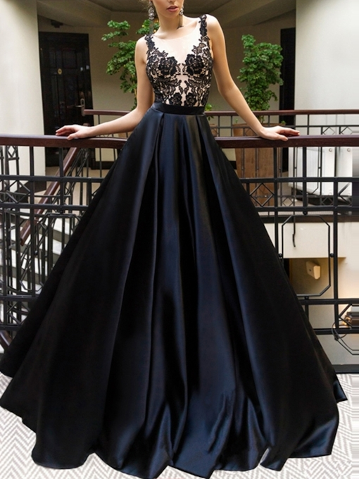 Scoop Neck Appliques A-Line Black Evening Dress