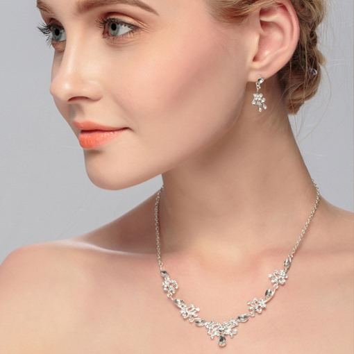 Concise Floral Shape Earrings Necklace Jewelry Sets