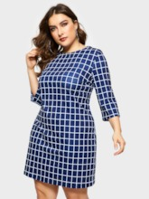 Three-Quarter Sleeve Round Neck Pencil Women's Day Dress