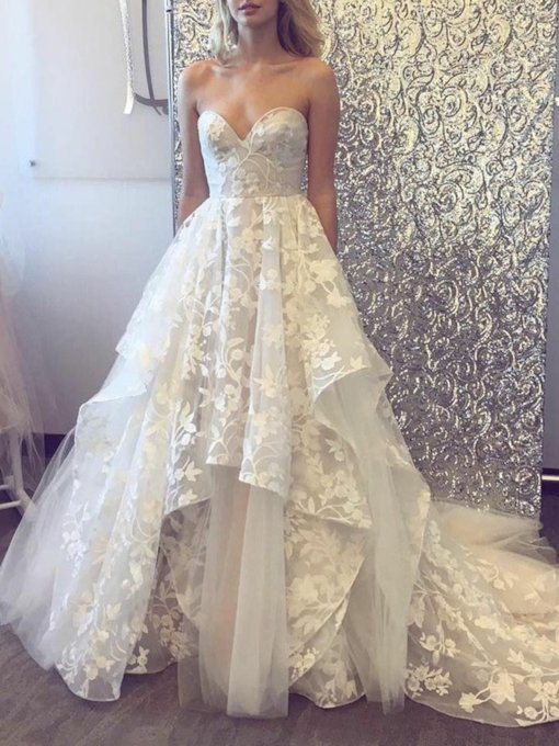 Appliques Lace Sweetheart Neckline Wedding Dress
