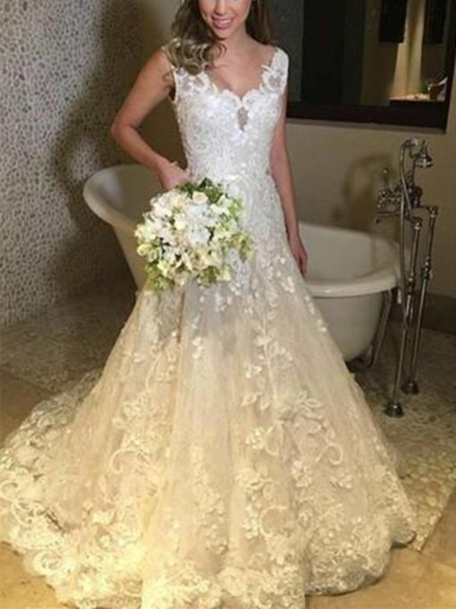 Straps A-Line Lace Appliques Wedding Dress